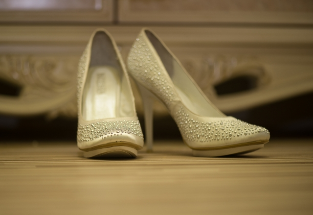 white high heeled shoes