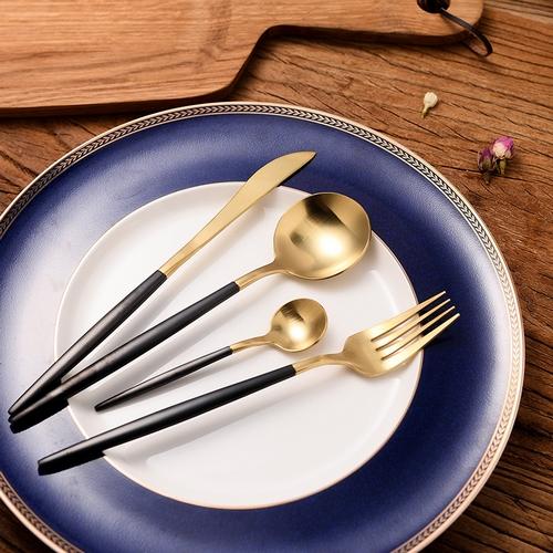 Black Gold Cutlery Set