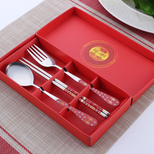 tableware red